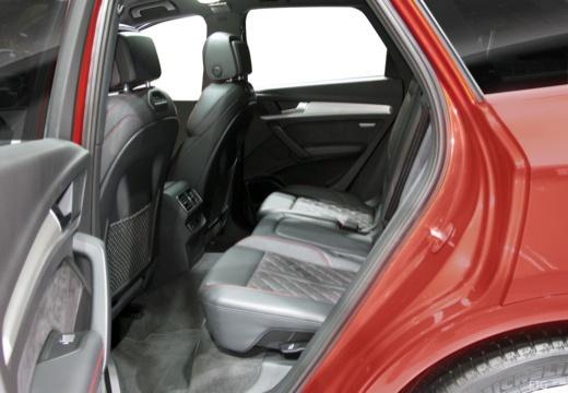 Audi Q5 Audi Q5  Business Advanced 40 TDI quattro 150(204) kW(PS) S tronic