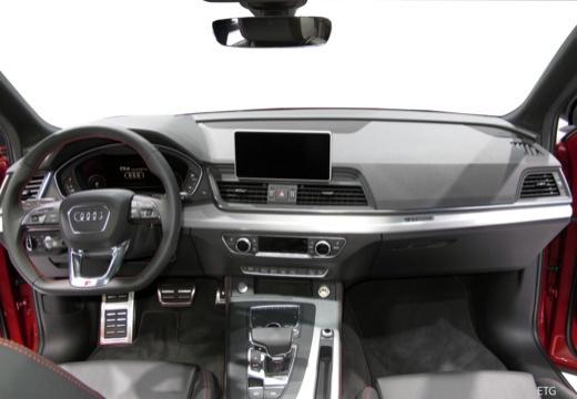 Audi Q5 Q5 quat.  TDI  2,0    L4  150      A7