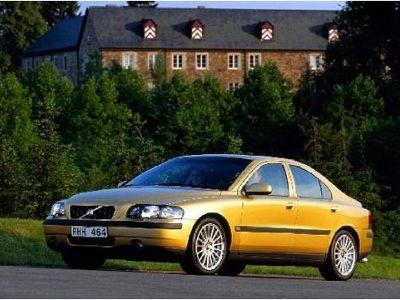Listino nuovo Volvo S60 I 2000